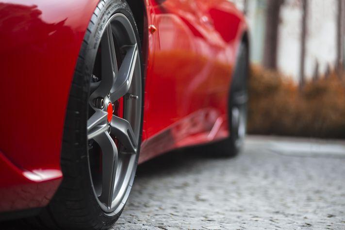 【自動車】ガレージハウスの主役にしたい、人気国産スポーツカーの復活に注目