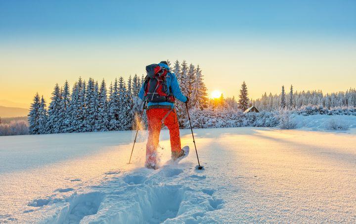 【遊び】「冬だってアウトドア!」ならスノートレッキングはいかが?