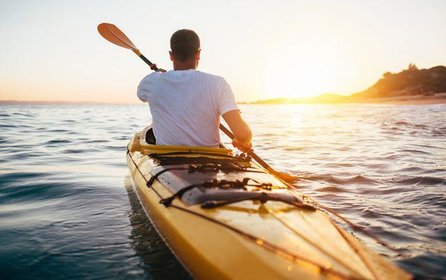 【カヌー】富士五湖で真夏を乗り切るクールなアクティビティ