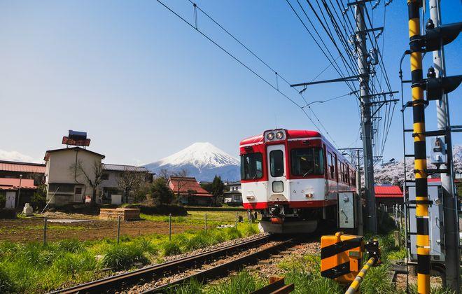 【電車】単なる移動手段ではない!夏休みは富士山麓で「電車旅」を楽しむ