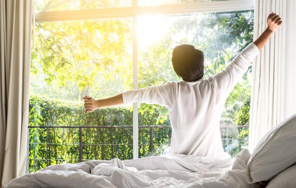 「朝活」という自己投資。寒くなるこれからの季節こそ早起きを