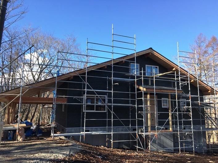 山中湖畔 新築建売別荘2棟(スキャンディホーム)工事状況