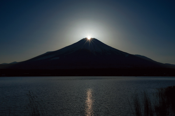 山中湖 DIAMOND FUJI WEEKS