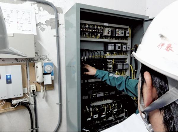 防災訓練②簡易水道復旧訓練.jpg