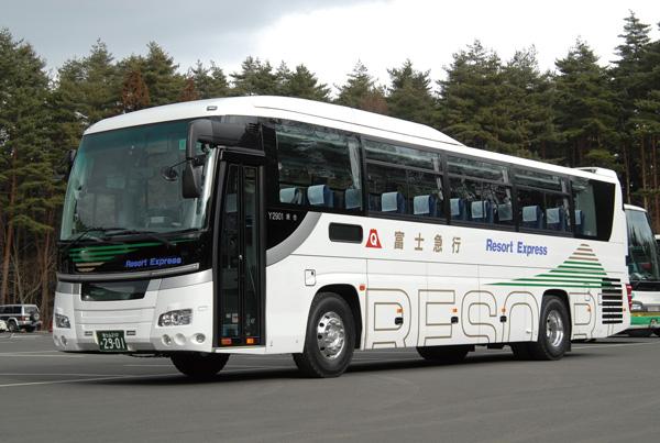 この夏、河口湖⇔東京駅線高速バスが、山中湖・旭日丘(森の駅)に乗り入れ開始!