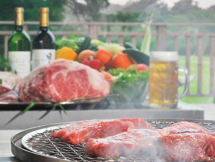 富士ゴルフコース「 クラブハウスレストラン」夏はレストランが夜9時まで営業!